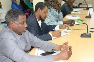 ملتقى التطوير يناقش واقع اذاعات (1)